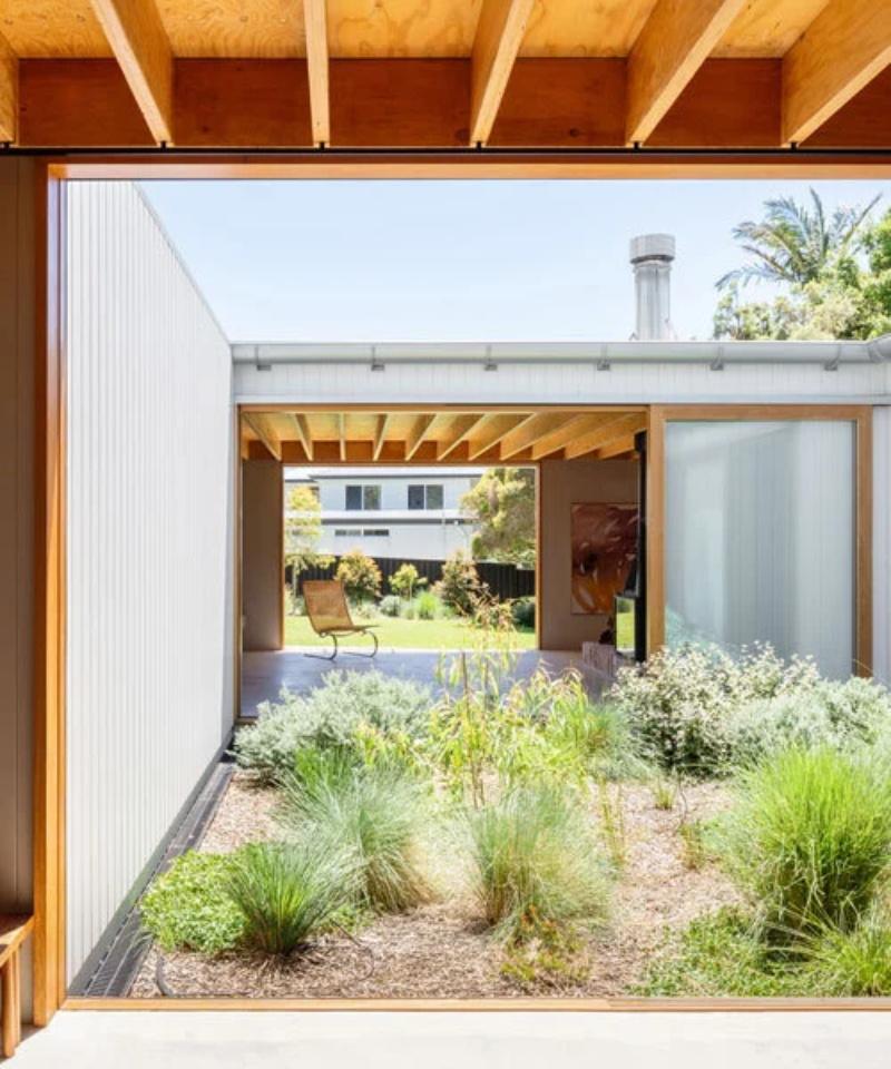 TRIBE-studio-bundenna-house-kit-australia-designboom-600